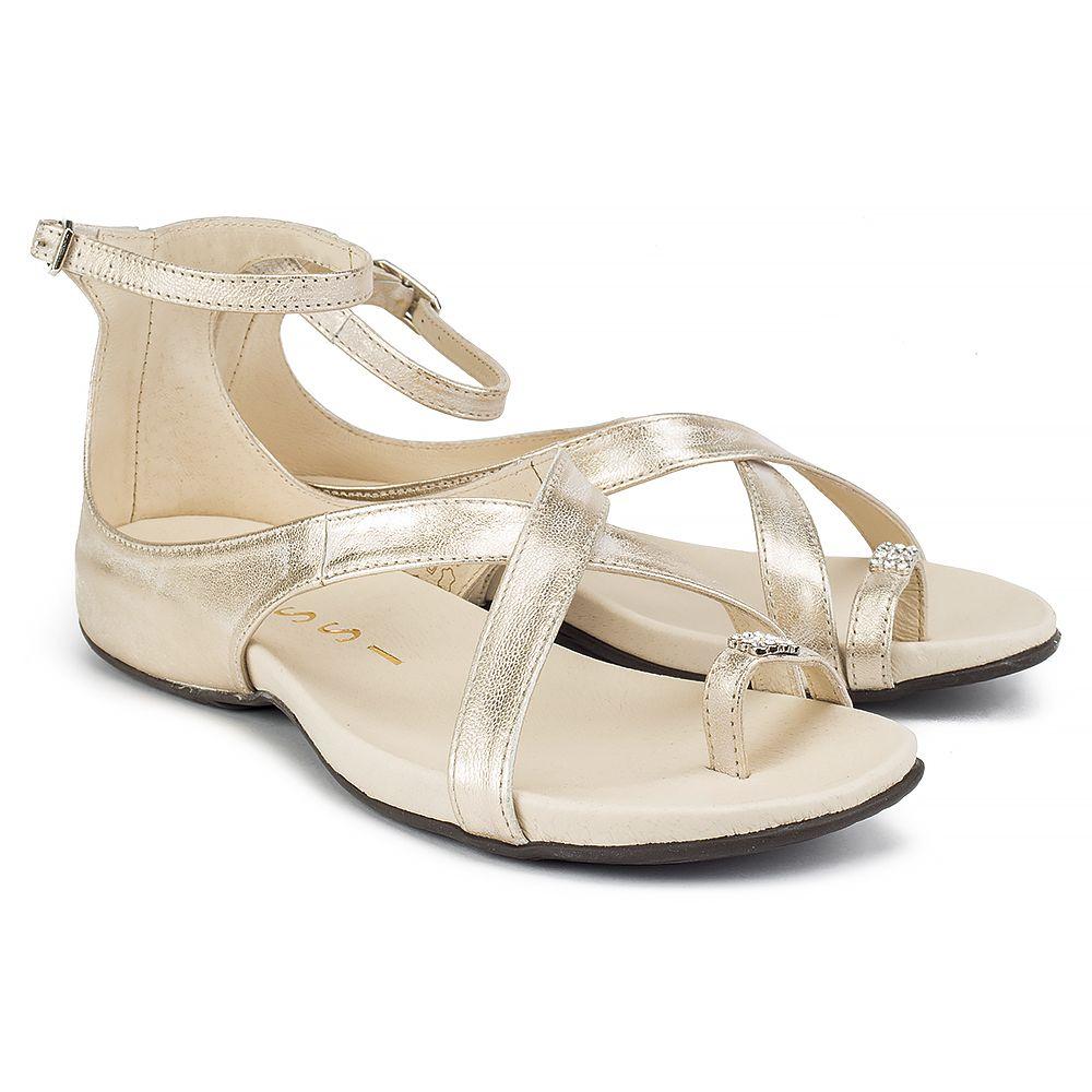 Sandaly Nessi 19210 Zloto 81 Sandaly Na Plaskim Obcasie Sandaly Buty Damskie Filippo Pl Golden Shoes Shoes Sandals