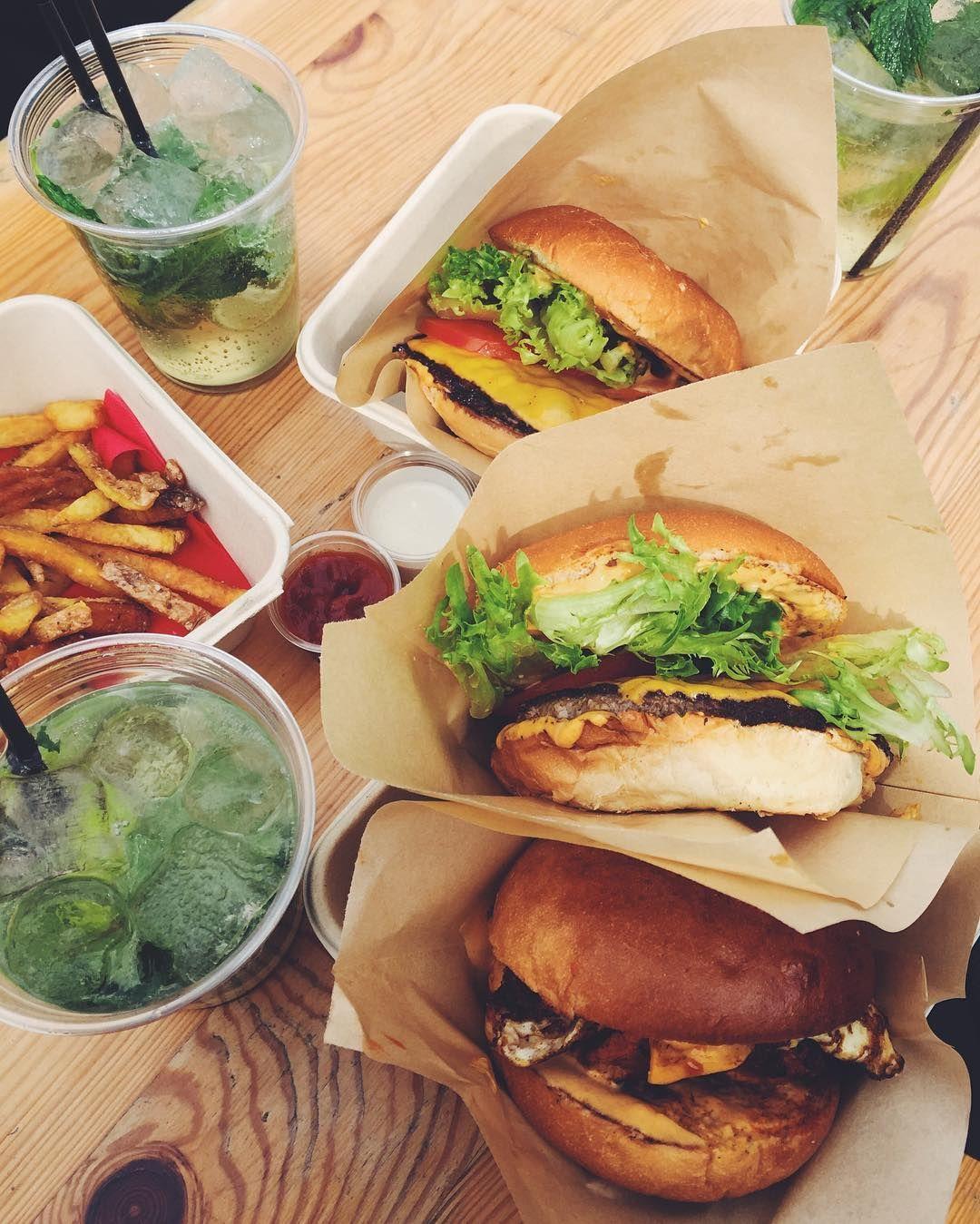 Instagram Photo By Kia Ellegaard Moller Apr 24 2016 At 11 23am Utc Burger And Fries Burger Food