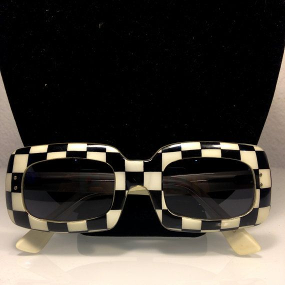 Free Shipping Mod Sun Glasses By Vintagerevengcouture Sunglasses Glasses Vintage Glasses