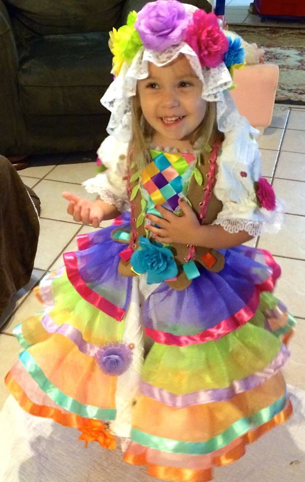 Flower Maiden For The Festival Of Fantasy Mom Creates Stunning - Mom creates the most adorable costumes for her daughter to wear at disney world