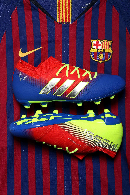 Las botas y zapatillas de Messi para niños están en  futbolmaniakids 4e1dbd13f63ee