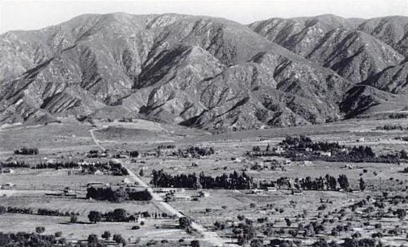 La Crescenta Avenue Ca History California History Montrose