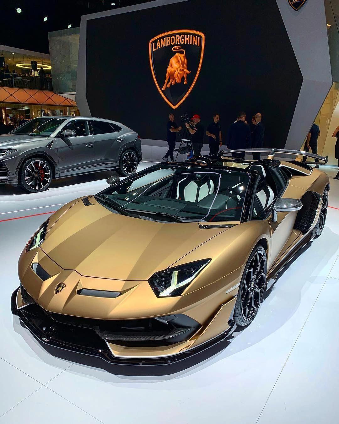 Lamborghini Classic Cars Gif Lamborghiniclassiccars Coffret Cadeau Homme Lamborghini Aventador Voiture Sportive