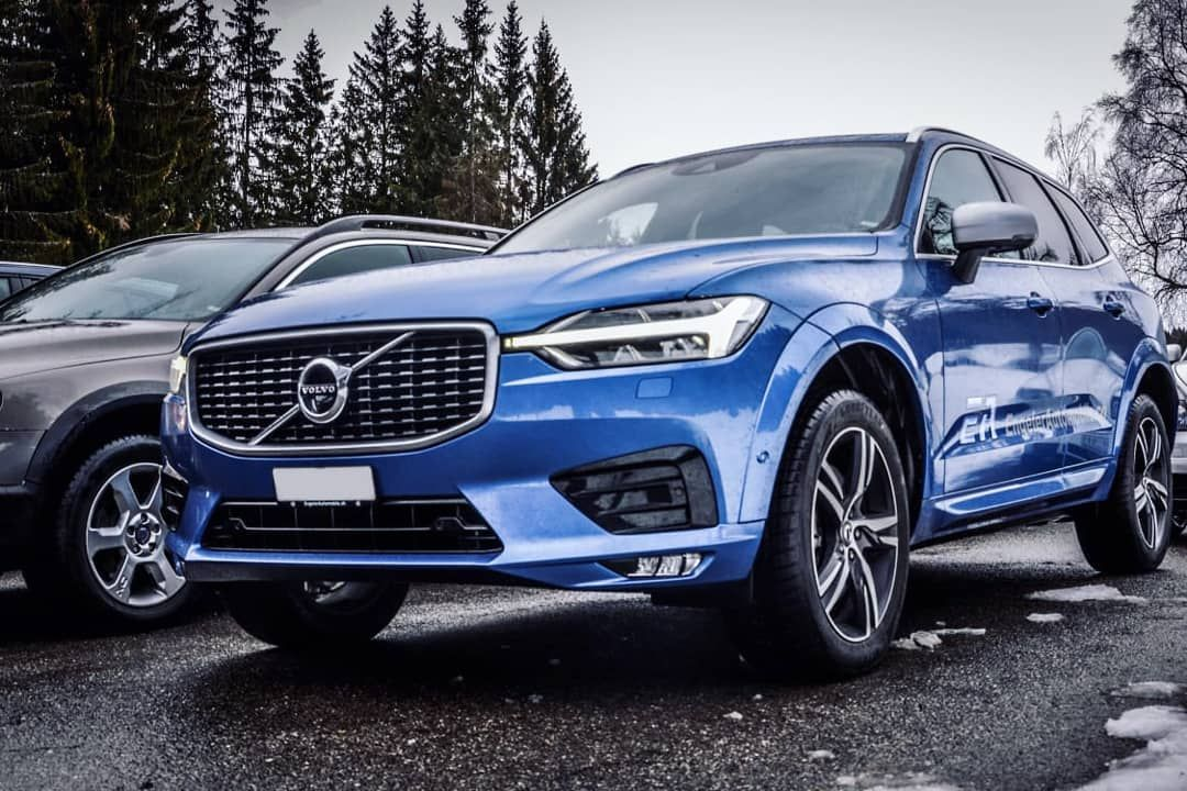 Themoosegang On Instagram Our One And Only Bursting Blue Xc60 By Photomw Christian Kessler Xc60 Volvoxc60 Xc60 Volvo Xc60 Volvo Awd