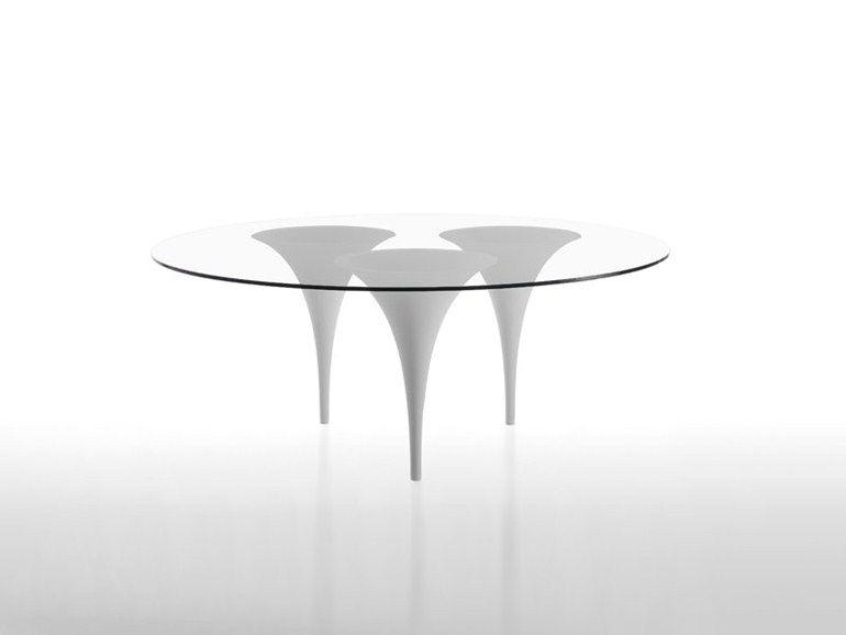 Mesa redonda de cristal BRASS by Matrix International | design Massimo Imparato, Emre Cetinköprülü