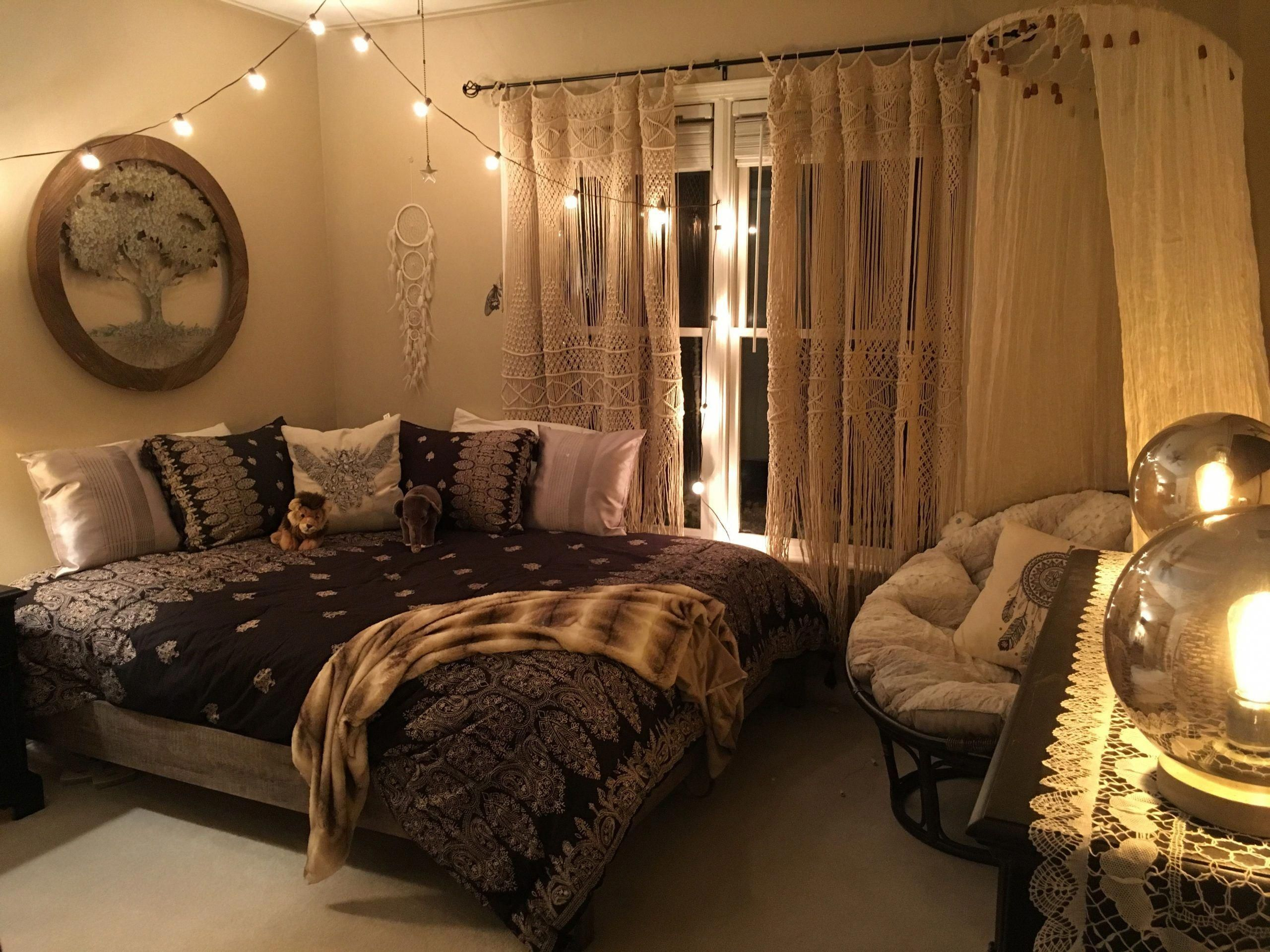 bohemian bedroom urban outfitters hippie warm cozybedroom