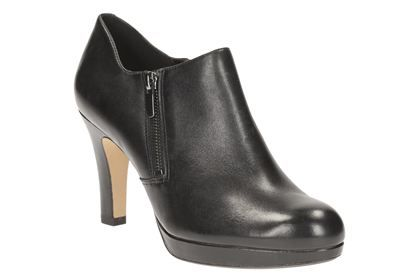 Womens Smart Shoes Amos Kendra in Black Leather from