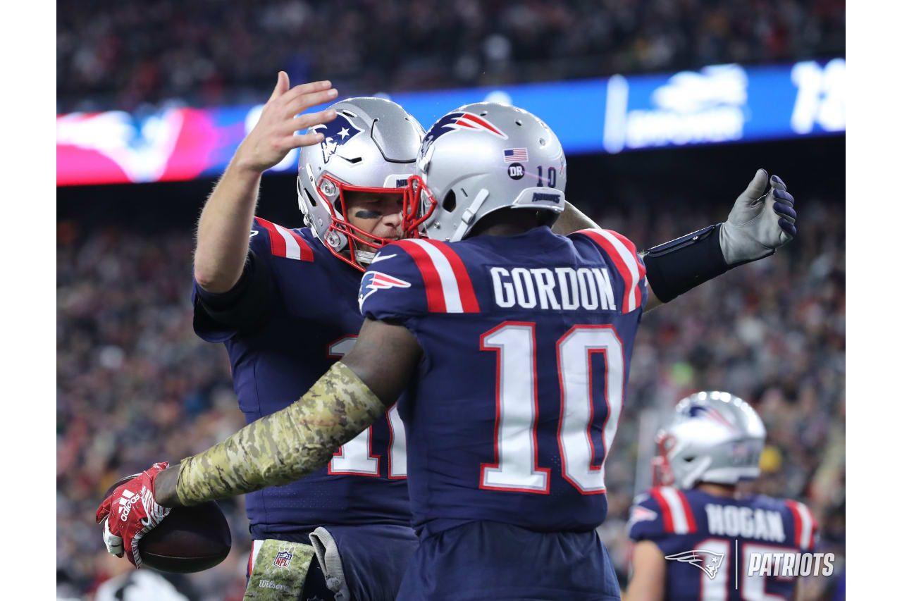 separation shoes 664ca b42cd Tom Brady and Josh Gordon | Football | Josh gordon, Patriots ...