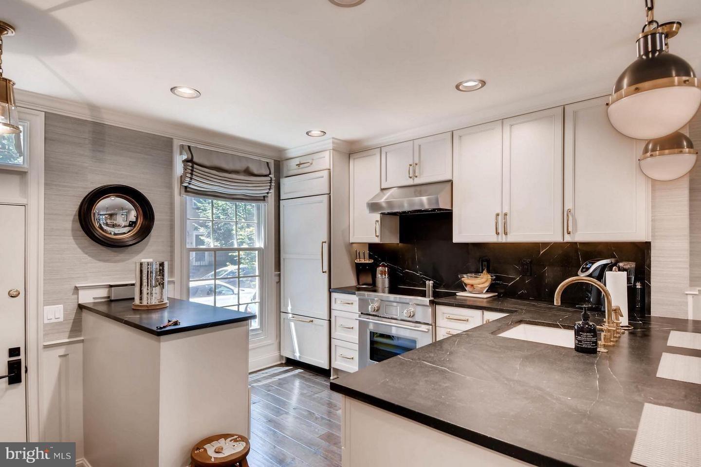 Matrix | Sweet home, Kitchen cabinets, Kitchen