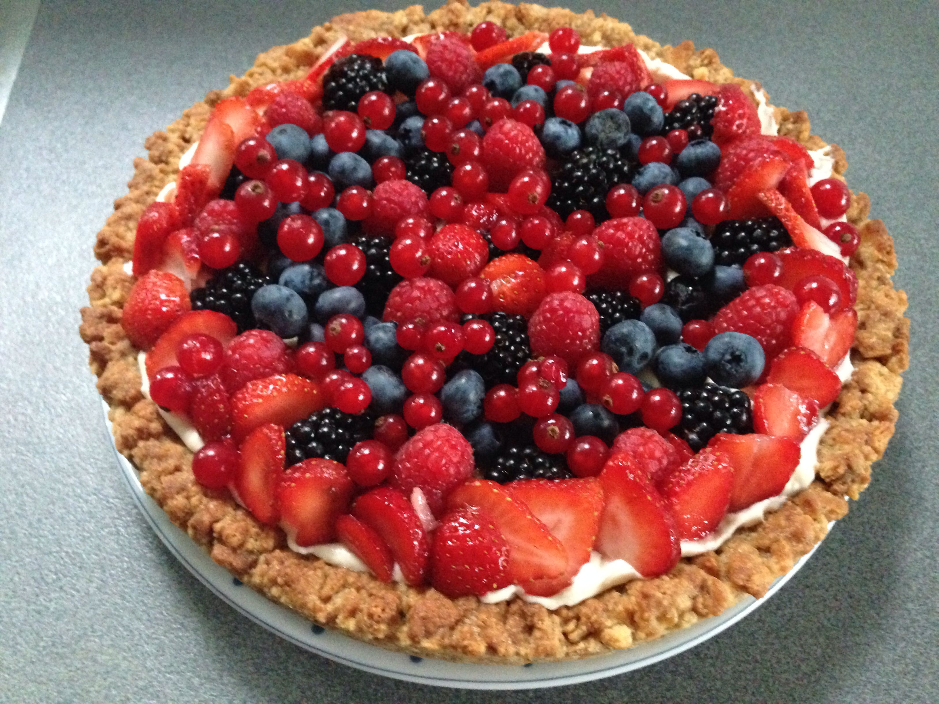 Petit-Beurre pie with Mascarpone & Red Fruits | Dessert ...