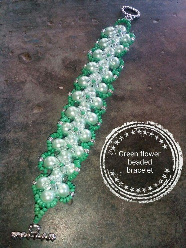 Green balls bracelet
