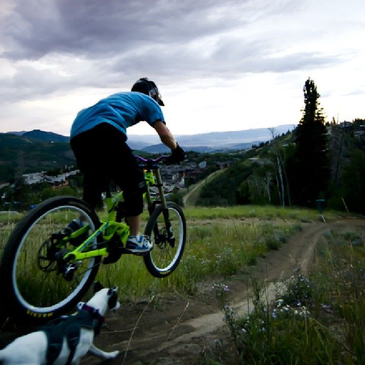 Best Mountain Bike Shoes - Recommendations from the Experts at Jans