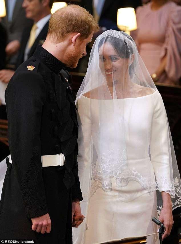 Oprah Winfrey Royal Wedding.Oprah Winfrey Looks Sensational As She Arrives For Royal Wedding
