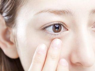見た目年齢に差がつく目の下のたるみを改善しよう