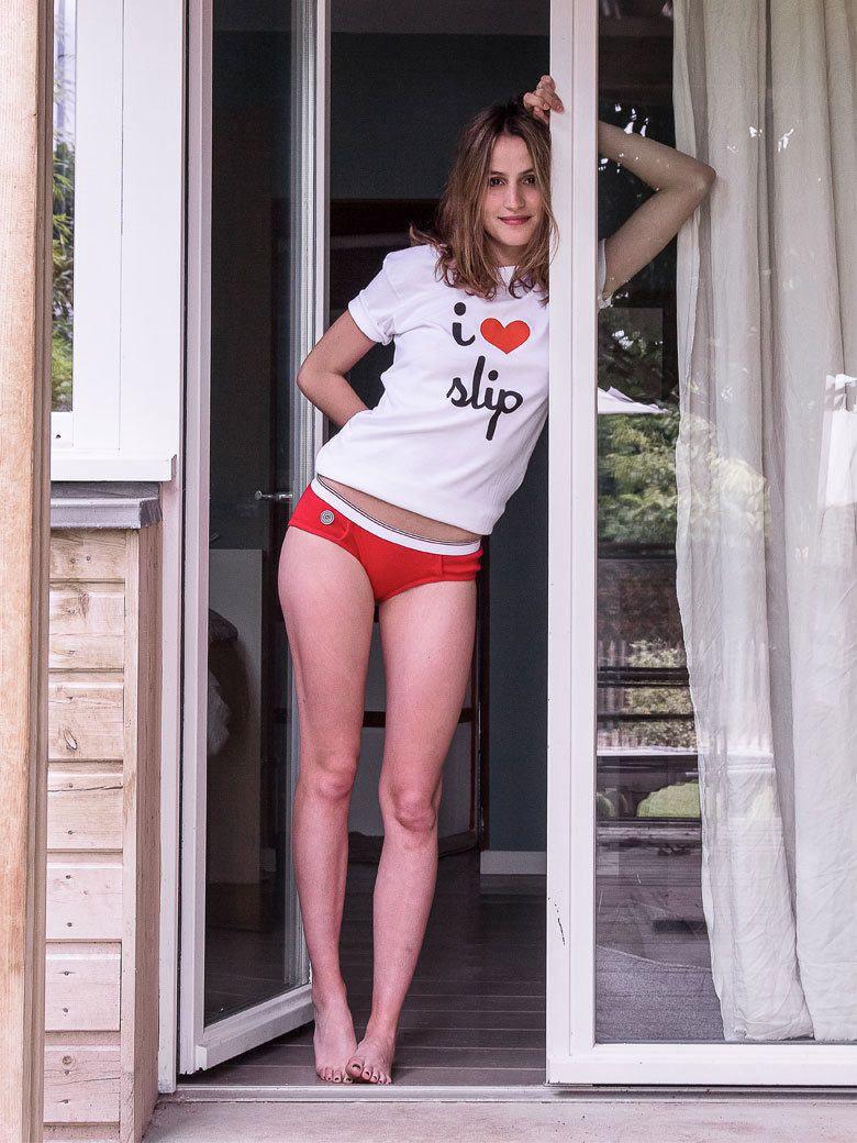 Le Slip Français lance une gamme pour filles   Qui porte la culotte ... 17c543bab4e4