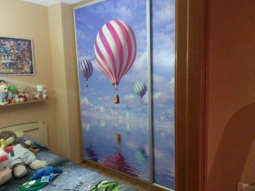 Puertas de armario vestidas con vinilo impreso en valencia - Vinilos puertas armarios ...
