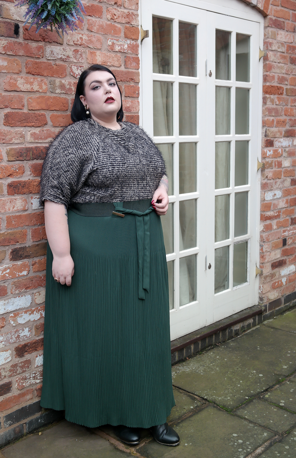 HUNTER English heritage Outfit posts and Ssbbw