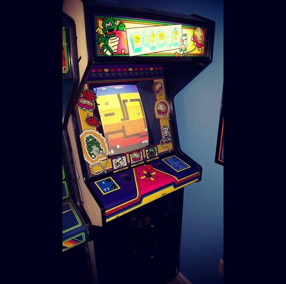 Original 1982 ATARI Dig Dug! Arcade Beautiful