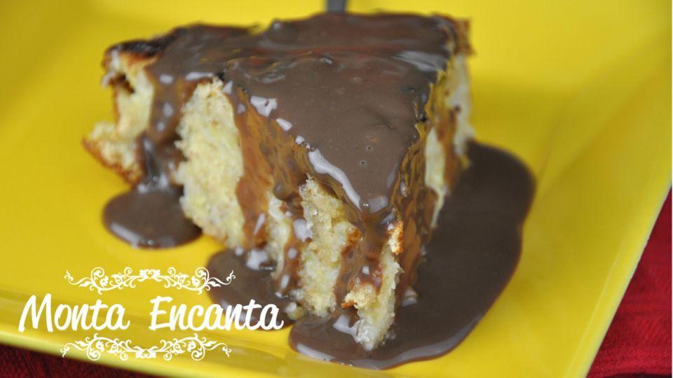 Torta Farofa De Banana Com Calda De Brigadeiro Food Desserts
