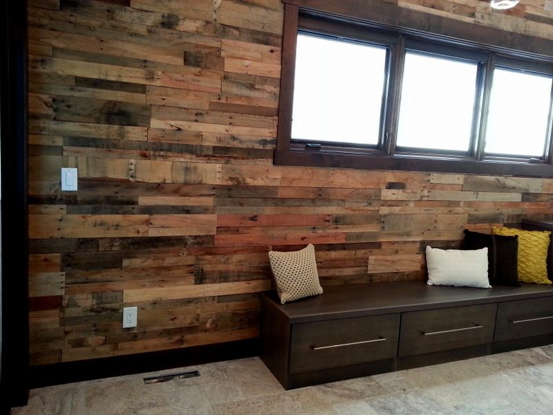 how to make a pallet wall in one weekend pallets. Black Bedroom Furniture Sets. Home Design Ideas