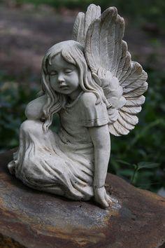 This Would Be Beautiful In Penelopeu0027s Memorial Garden.
