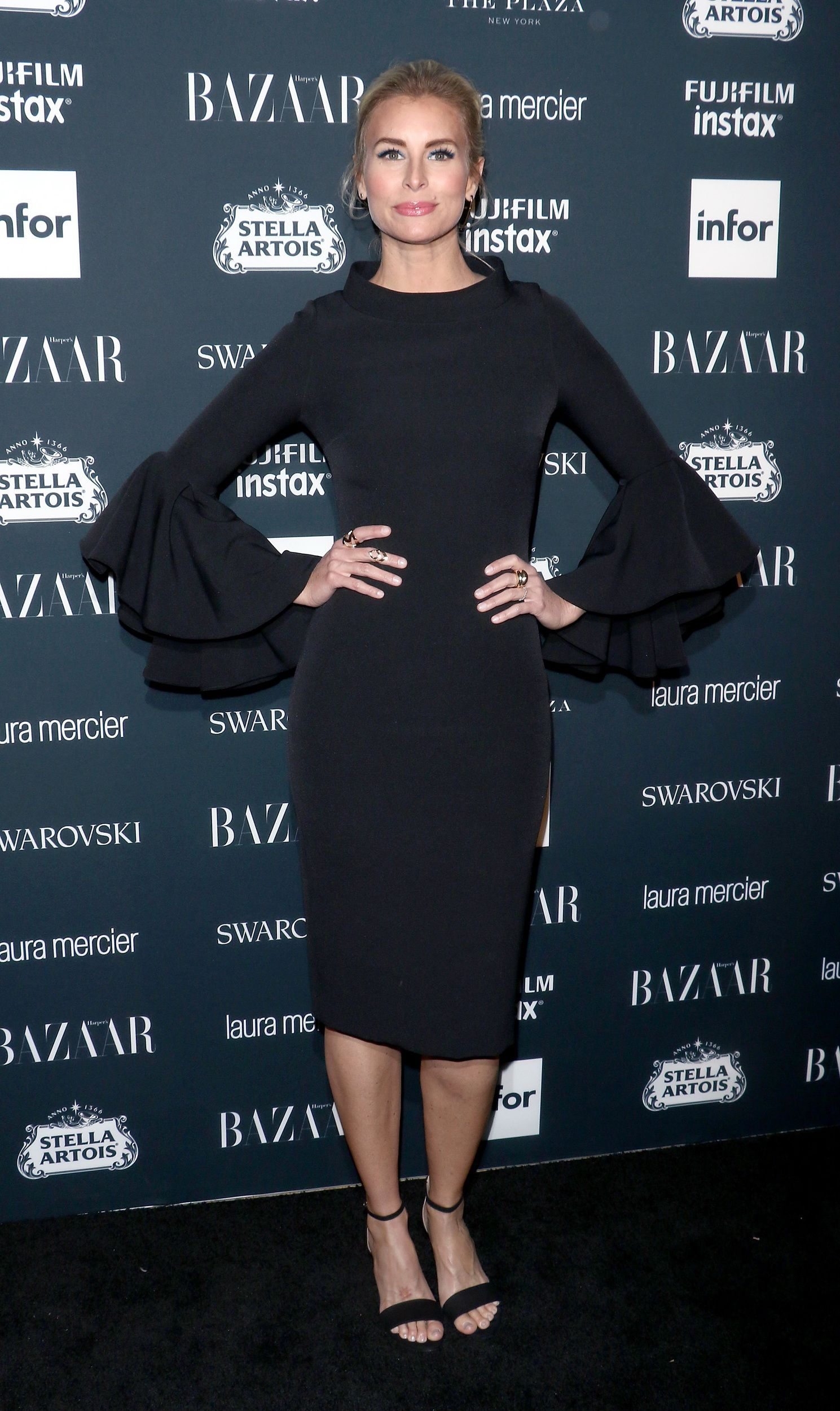 Kendall jenner arrives at harperus bazaar icons party in sheer dolce