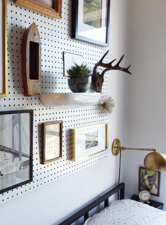 je vous en dis plus sur le panneau perfor chambre panneau perfor panneau isorel et deco. Black Bedroom Furniture Sets. Home Design Ideas