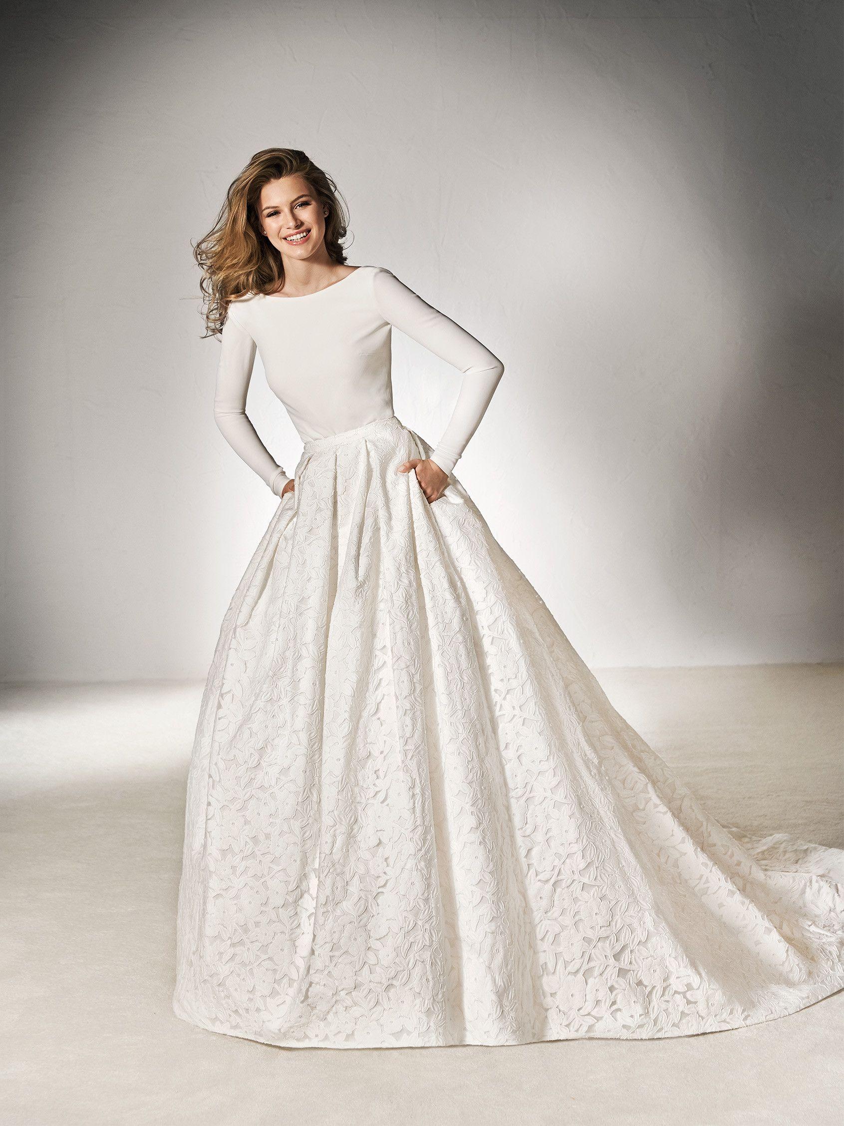 9d70df9190 Bridal top crepe long-sleeve - Pronovias 2018 Collection