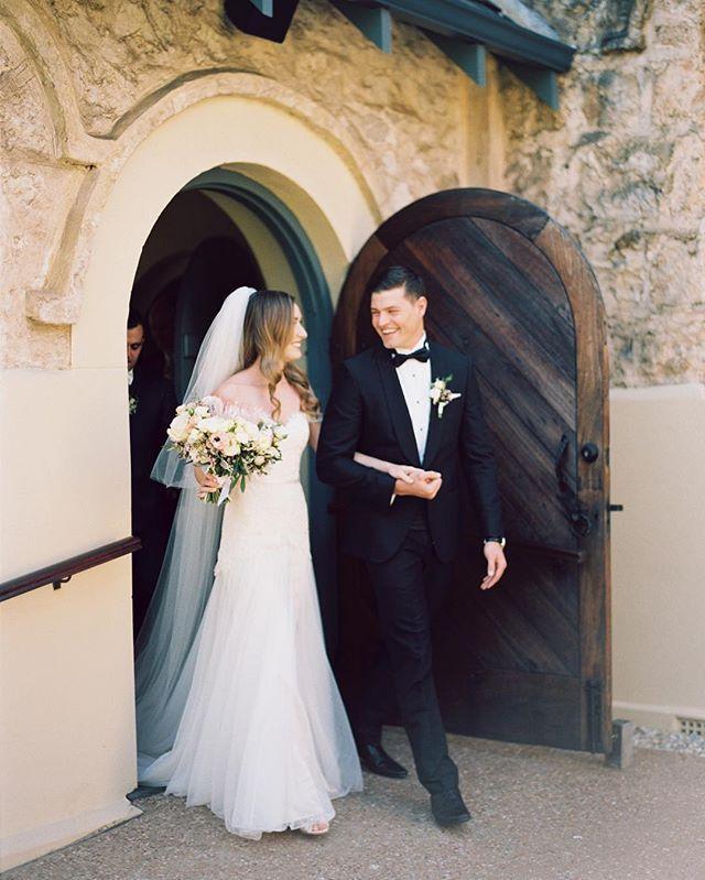 Just married 😍. I adore this capture of Ed & Sara exiting their Dunsborough ceremony...they were all loving smiles all day. #scanday #film #dunsborough #marrydownsouth #realwedding #dunsboroughwedding #yallingup #yallingupwedding #margaretriver #margaretriverweddings #perthweddingphotographer #destinationwedding #destinationphotographer #destinationweddingphotographer #contax645 #portra400 #ceremony #kodakfilm #gown #weddingdress #veil #bouquet #weddingbouquet #justmarried #wa…
