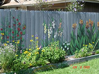 paint  fencei     flowers