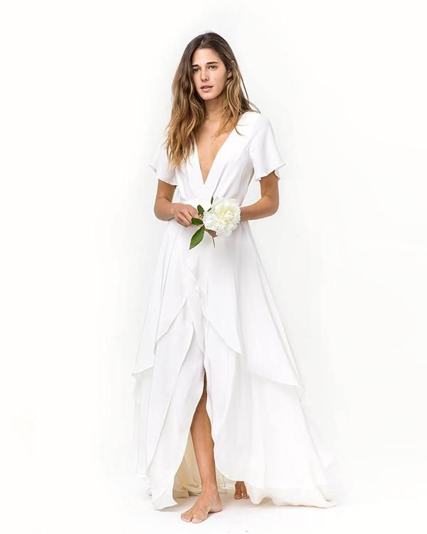12 Options For Brides Who Don T Want To Wear A Wedding Dress Mywedding Casual Beach Wedding Dress Beach White Dress Simple Elegant Wedding Dress