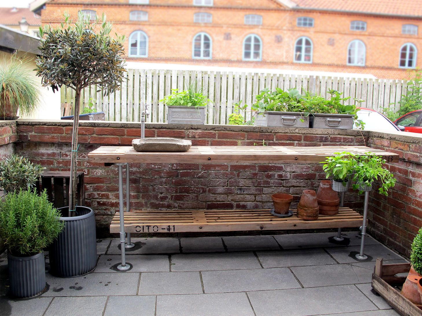 #9C6A2F Bedst Udekøkken Med Beton Vask Balcony/garden Pinterest Højbede Udendørs Og  Gør Det Selv Udekøkken 6263 145910946263