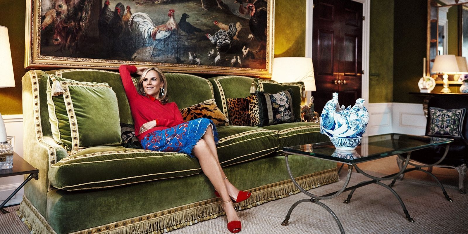 9 Famous Women And Their Sofas