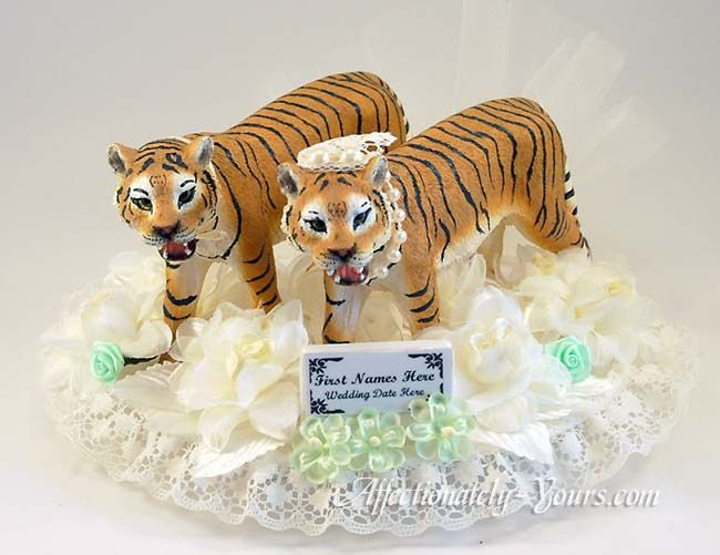 Personalized Tiger Bride And Groom Wedding Cake Topper Impressive Detail On This Regal T Animal Cake Toppers Wedding Groom Wedding Cakes Wedding Cake Toppers