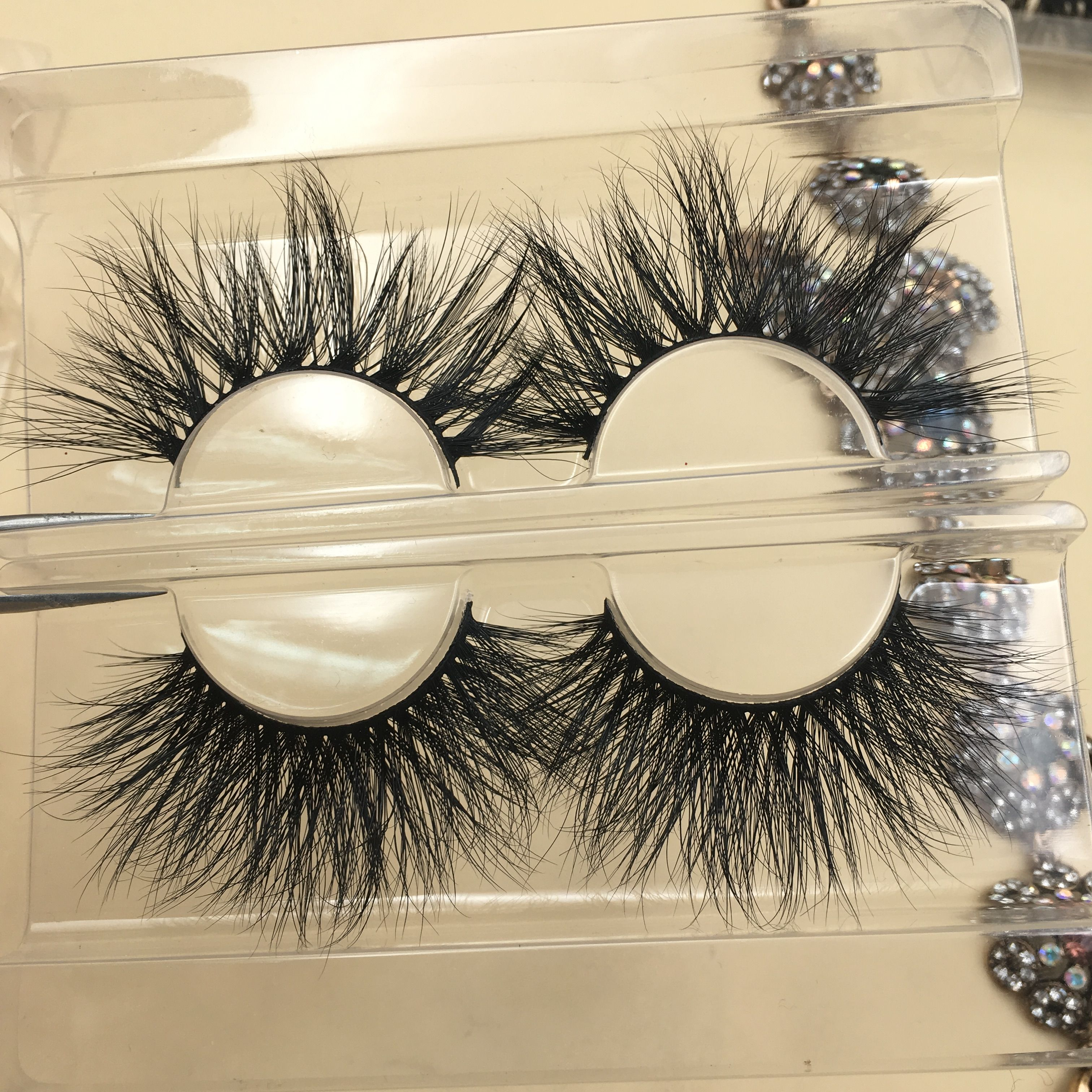 We supply different kind of 3d mink lashes, 3d silk lashes ...