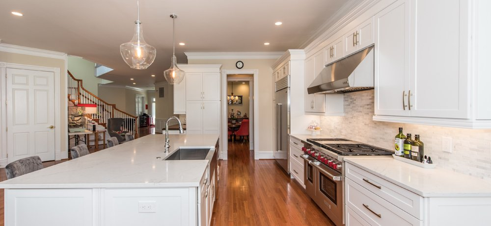 The Total Package In Arlington Va Bray Scarff Appliance Kitchen Specialists Kitchen Appliances Corian Countertops Kitchen Remodel