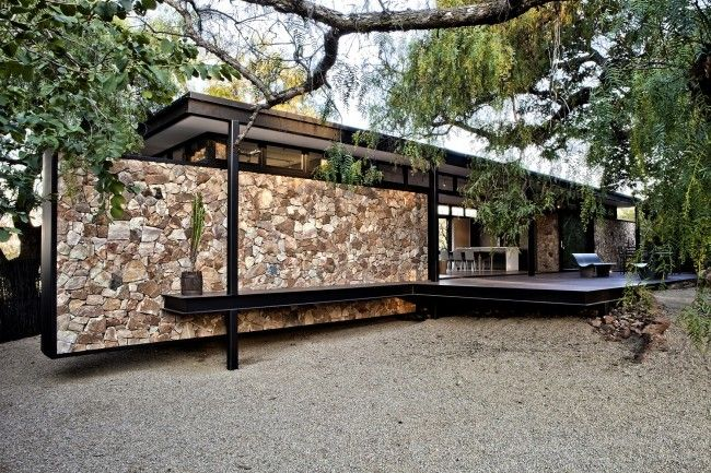 Pavilion Architecture With Floating Stone Wall In Westcliff Johannesburg Designed By Gass Architecture Stu Pavilion Architecture Cottage Design Stone Facade