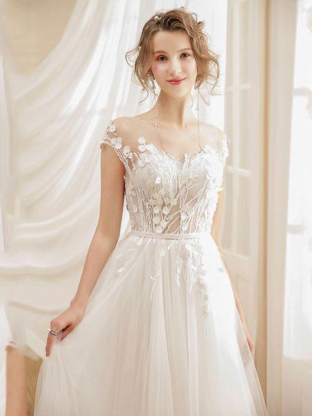 Robe de Mariée Bohème plagerobe de mariée A-ligne col rond avec fleur manches courtes détail zip