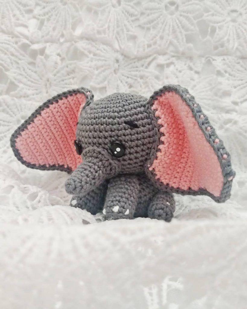 CROCHET AMIGURUMI ELEPHANT WITH HAT AND BALL YOURSELF (1) - Stacha ... | 1024x819