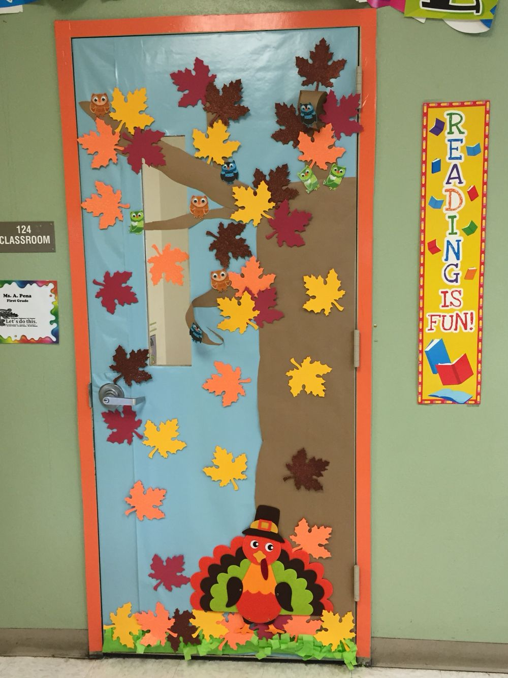 Classroom door decoration fall decoraci n de puerta oto o for Decoracion puerta otono