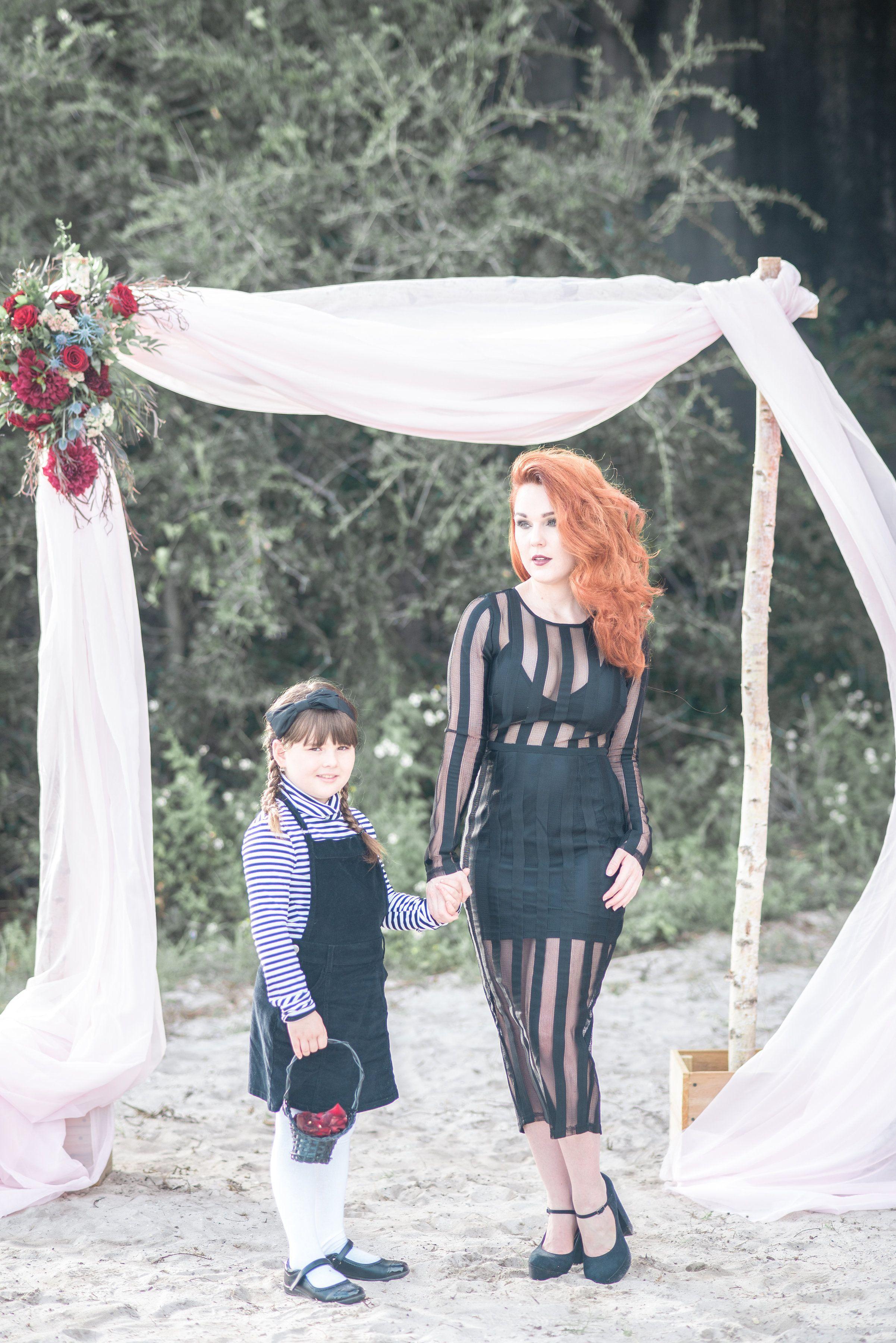 Red and black halloween wedding ideas halloween weddings and weddings