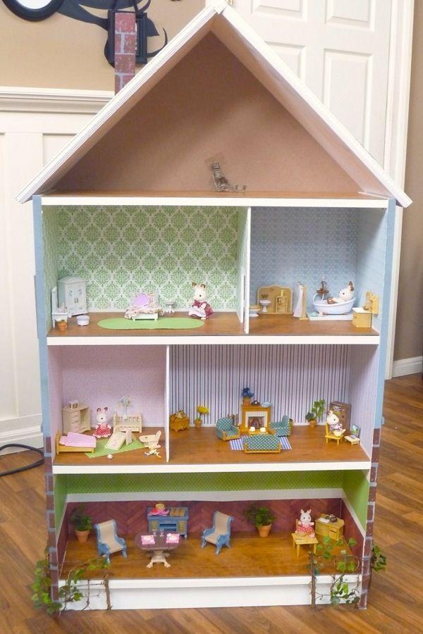 une maison de poup e maison de poup es planes de casa. Black Bedroom Furniture Sets. Home Design Ideas