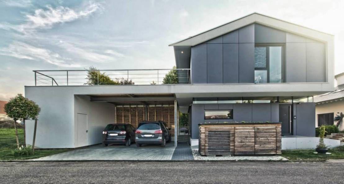 Dieses Einfamilienhaus Präsentiert Sich Modern, Familienfreundlich Und  Komfortabel Und Bietet Neben Einem Wunderschönen Ausblick Zahlreiche
