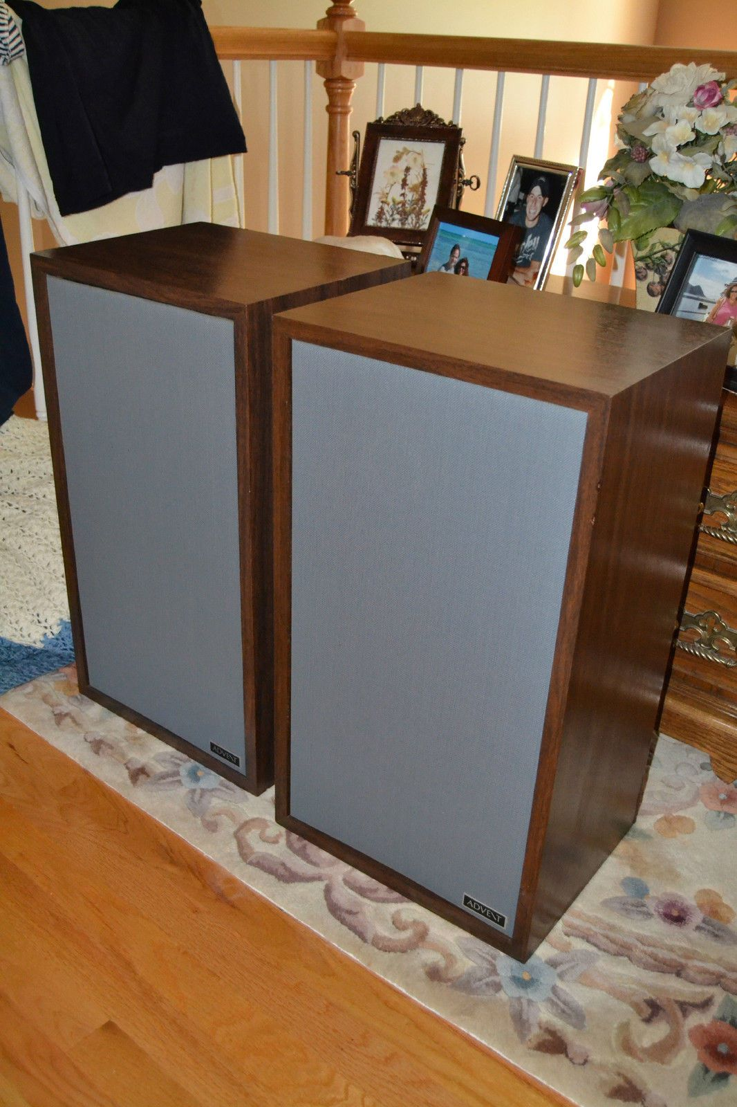 Large Advent Speakers Utility Cabinets Nice Condition Local