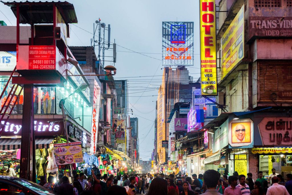 The crowded shopping streets of T Nagar in Chennai, India - Lost With Purpose