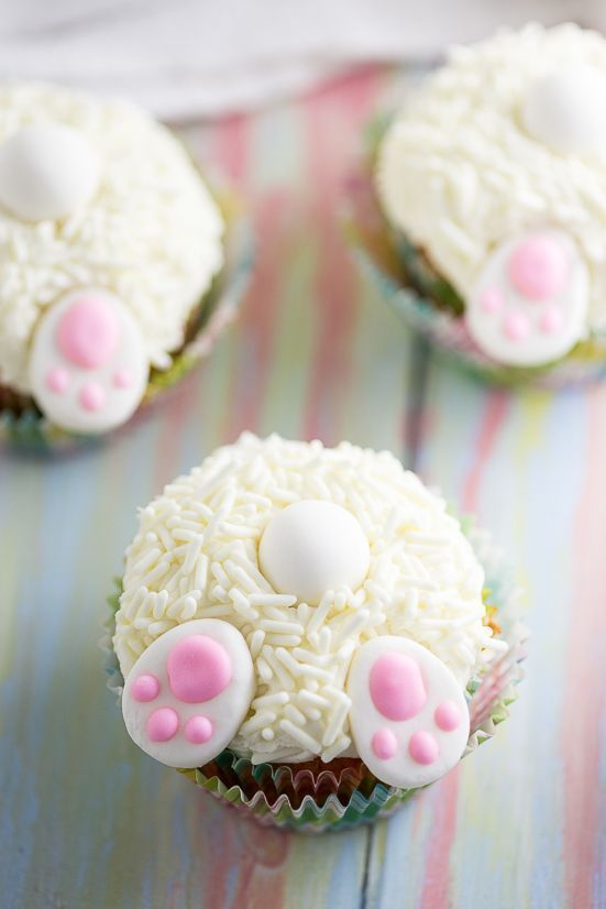 Photo of Bunny Butt Cupcakes tutorial –Make these adorable and easy Bunny Butt Cupcakes…