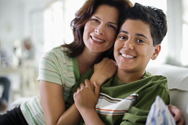 Resultado de imagen para madre habla con adolescente