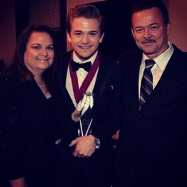 Hunter and his parents at the BMI's!!