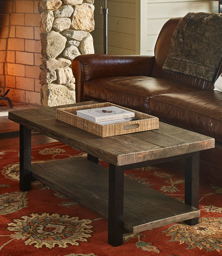 LL Bean. Coffee table. 359 Pine coffee table, Coffee