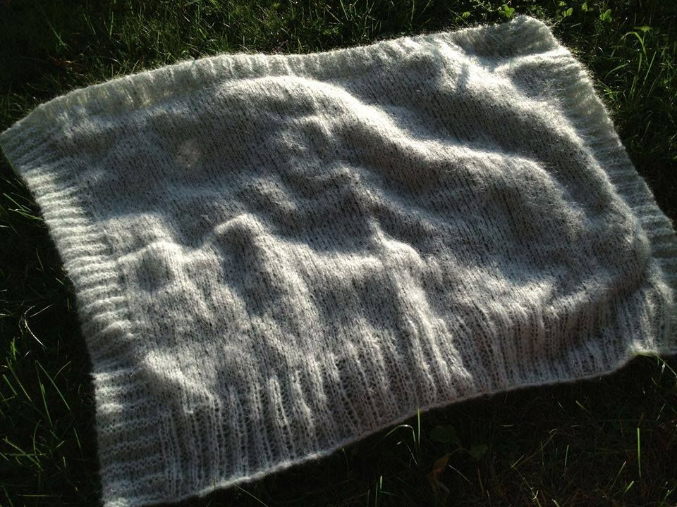 Soft Baby-blanket (knitted) https://www.facebook.com/jawork.ch/photos_albums